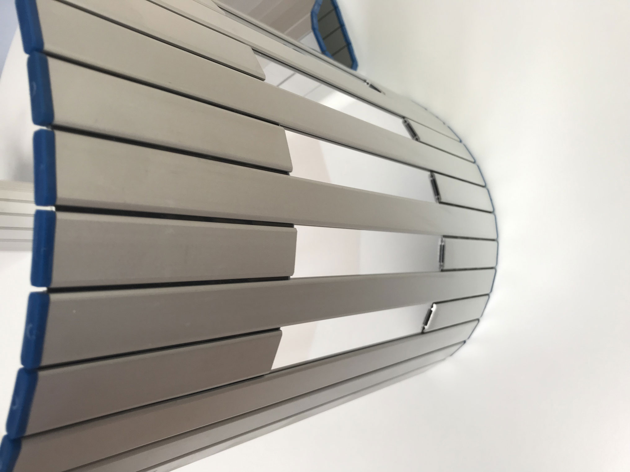 Aluminium protection blinds for machines model PHR with window