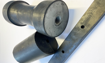 Silentblock. Vibrating rubber wedges and cylinders