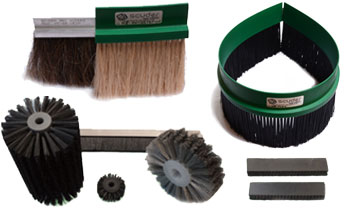 Technical brushes to clean dirtiness in the machinery